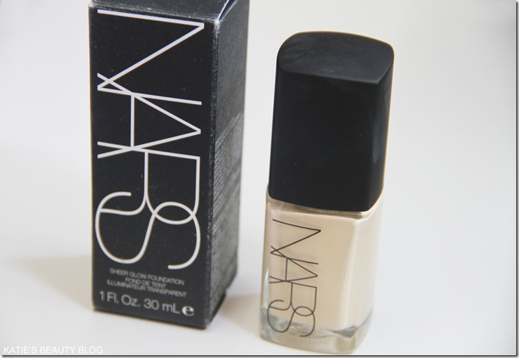 NARS SHEER GLOW FOUNDATION REVIEEW