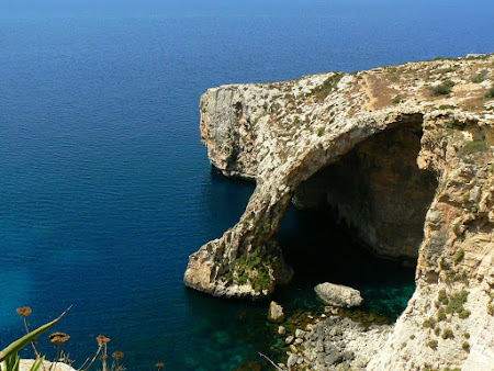 Malta Travel: Blue Grotto