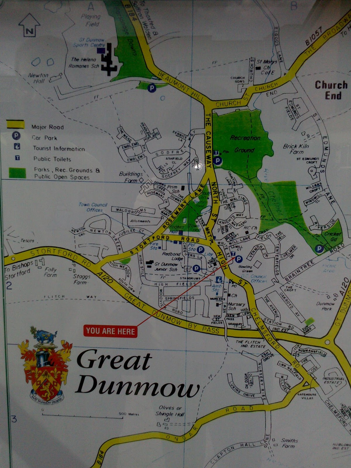 Au pair couple en inglaterra comprando en el tesco mapa del centro de great dunmow gumiabroncs Image collections
