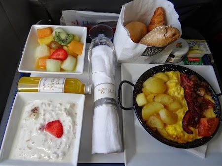 33. Mic dejun DO & CO - Austrian Airlines.JPG