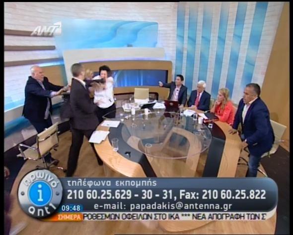 Χαστούκισε την Κανέλλη στον αέρα ο Ηλίας Κασιδιάρης (video)