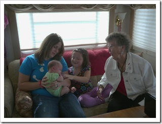 Reagan and Gma meeting AL and Aunt Sam