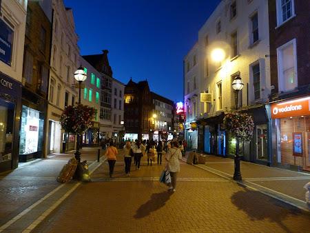 Shopping Irlanda: Grafton street, strada pedestra comerciala