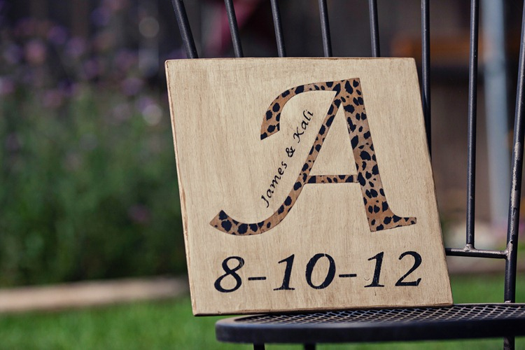 Wedding Gift Ideas Using Cricut : Tracys Trinkets and Treasures: A Wedding Gift For My Friend-A ...