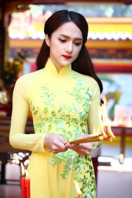 huong-giang-idol-di-le-chua (5)