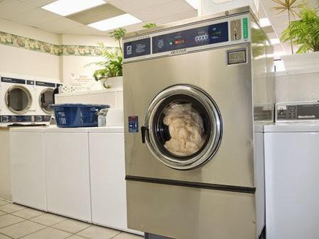 20140823_135431-pq-laundrymat