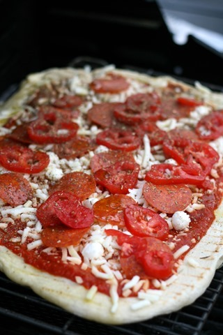 grilled pizza 060