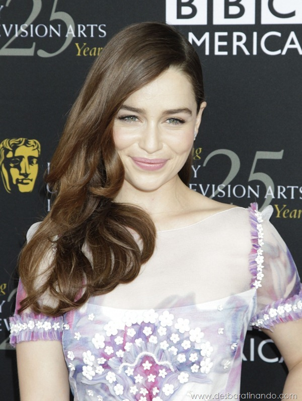 emilia-clarke- Daenerys-Targaryen-linda-sexy-game-of-trhones-guerra-dos-tronos-sexta-proibida-desbaratinando (64)