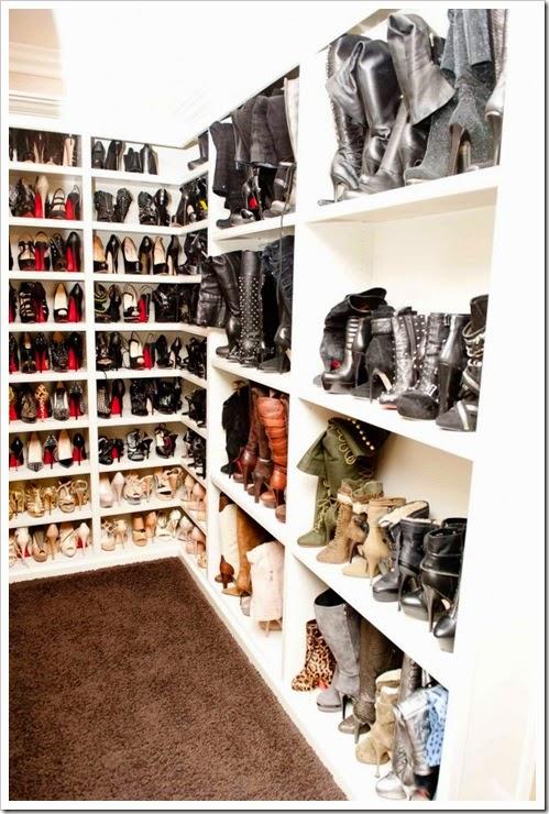 Khloe_Kardashian_Closet-03_4
