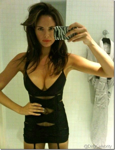 Laura-Shields-hot-13