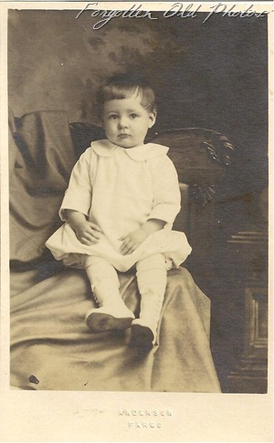 Melvin Oliver Tollefsrud Postcard DL Antiques