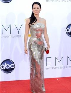 Lucy Liu Wore platinum and diamond studs