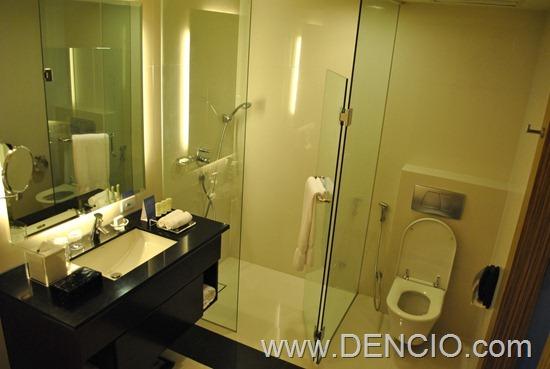Bellevue Hotel Manila 15