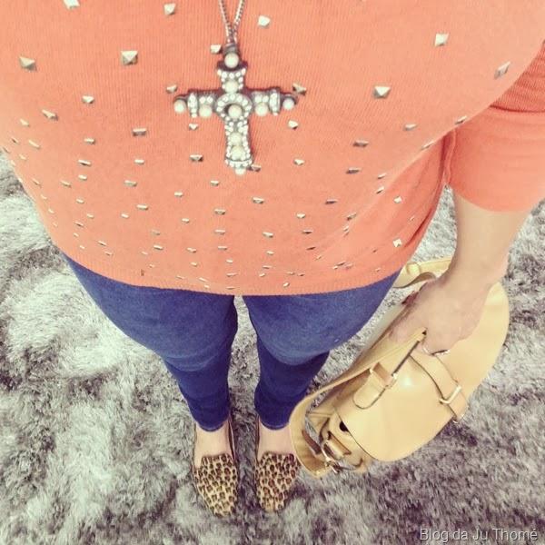 look jeans e sueter laranja (1)