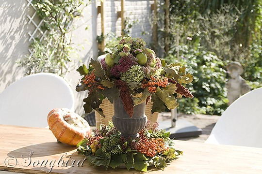 Fall Outside Decoration Table Centerpiece 4