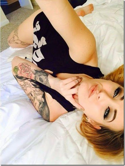 hot-tattoo-women-039