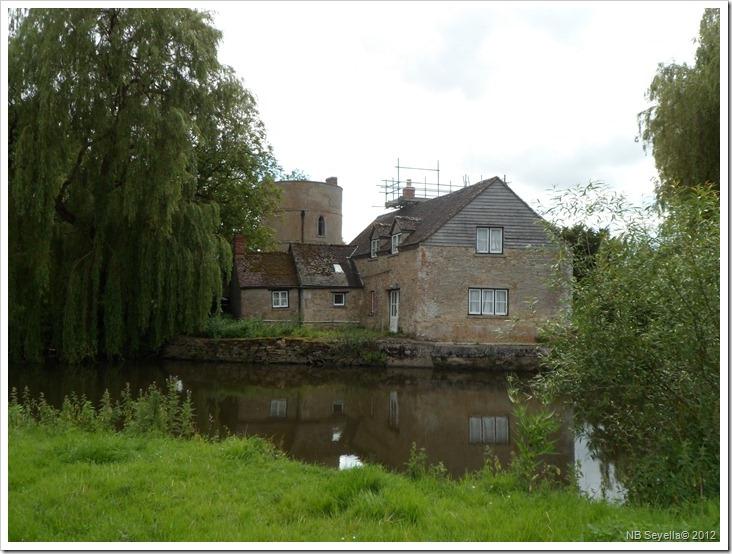 SAM_1506 Inglesham Round House