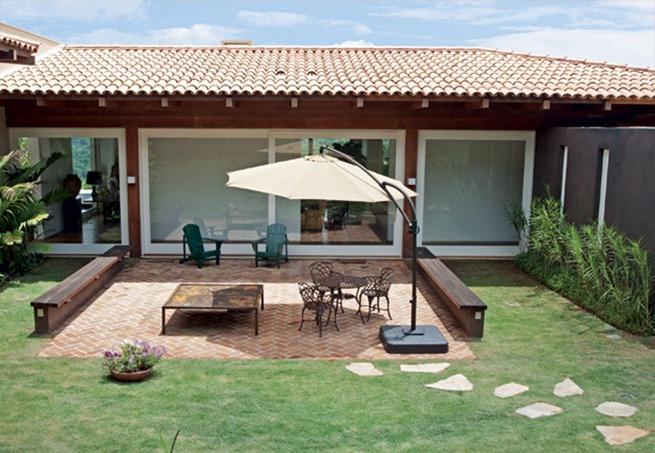O que é OMBRELONE? Veja como inovar na decoração do ambiente externo da casa!