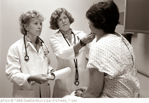 'Doctors with patient, 1999' photo (c) 1999, Seattle Municipal Archives - license: http://creativecommons.org/licenses/by/2.0/