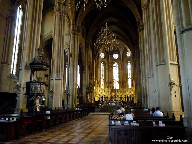 interior-de-la-catedral-de-zagreb.JPG