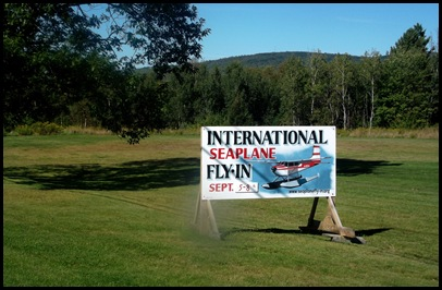 Seaplane fly in 004
