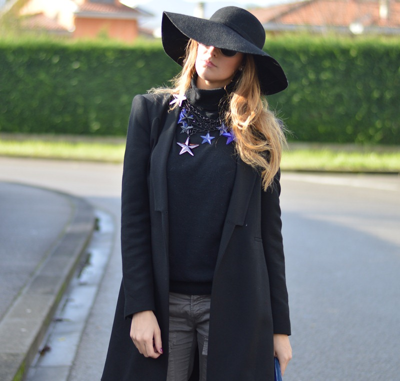 Zara, Zara coat, Cleo Bag, Zara nero, Cappello a tesa larga, Pantaloni Sisley, Sisley, Sisley pants, Versace, H&M, Versace shoes, H&M shoes, Studs, Studded Bag, Fashion blogger, italian fashion blogger, fashion blogger italiane, fashion blogger firenze, fashion blogger toscana