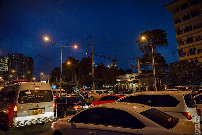 2557_Thailand_Pattaya_Jomtien_transport_tuk_tuk_tuck_tuck_taxi-57