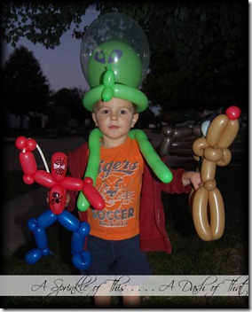 Balloon Animals {A Sprinkle of This . . . . A Dash of That}