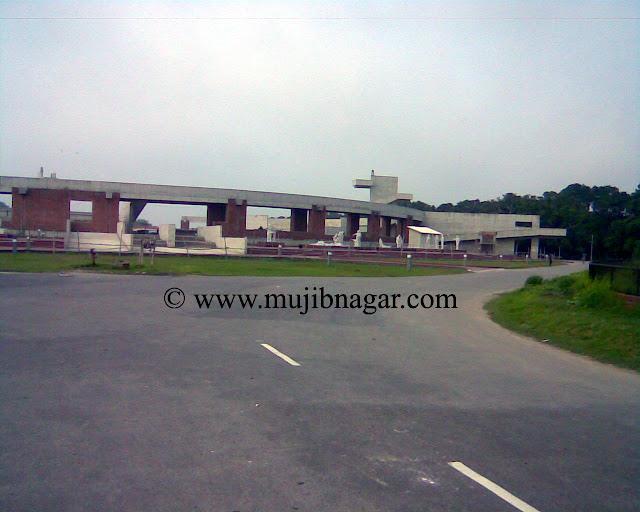 Mujibnagar-Complex-Bangladesh-Map-Project-Statue-3.jpg