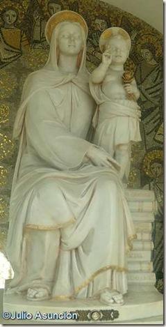 Santa María Madre del Amor Hermoso
