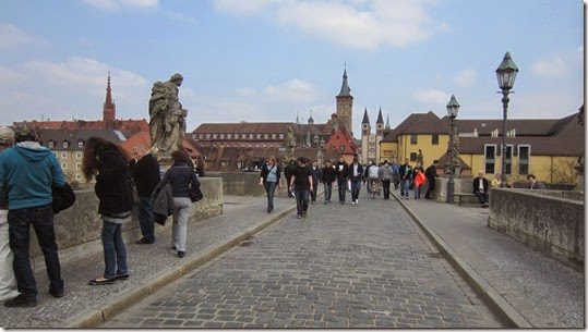 Alte Mainbrücke 4