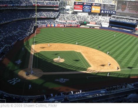 'Yankees dugout' photo (c) 2009, Shawn Collins - license: http://creativecommons.org/licenses/by/2.0/