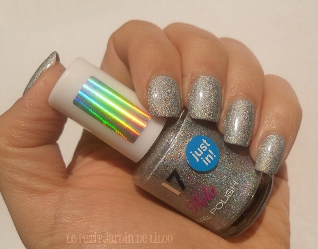 02-17-cosmetics-holo-silver-nail-polish-review-swatch