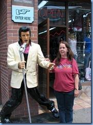 9658 Nashville, Tennessee - Discover Nashville Tour - downtown Nashville Broadway Street - Elvis & Karen