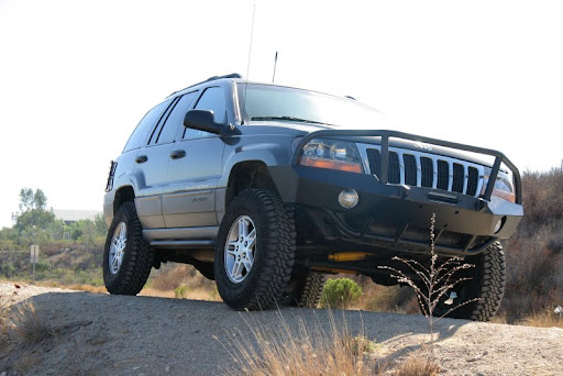 Incline WJ Grand Cherokee Front Bumper w/ grill guard option: +$200