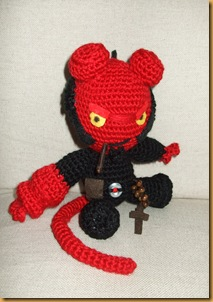 Hellboy amigurumi