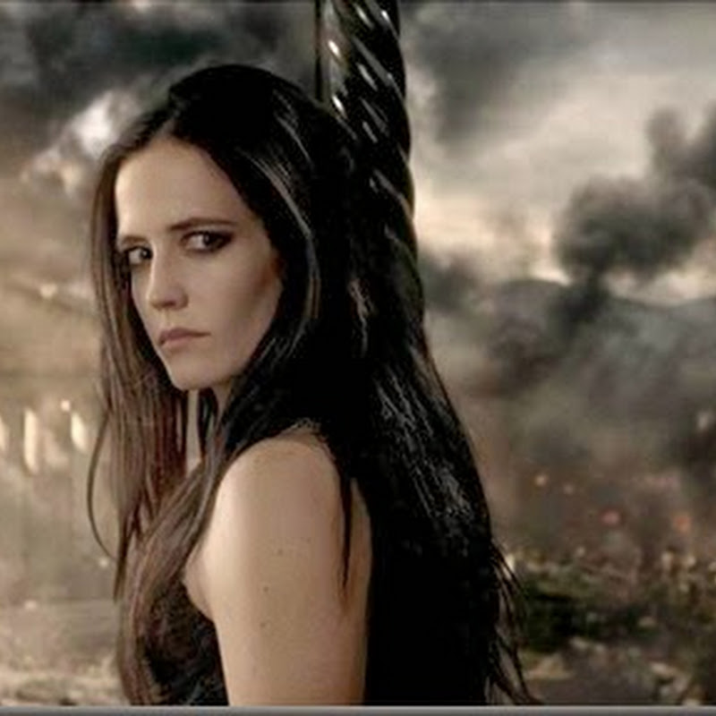 "Eva Green Commands as Fierce Artemisia in ""300: Rise of an Empire"" (Opens Mar 6)"
