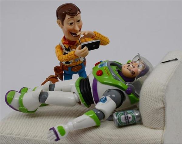ToysRLikeUs by Santlov 2
