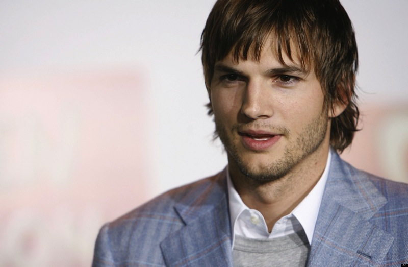 O ASHTON KUTCHER SUNDANCE facebook