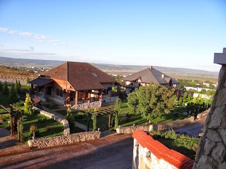Obiective turistice Basarabia: Chateau Vartely - Orhei