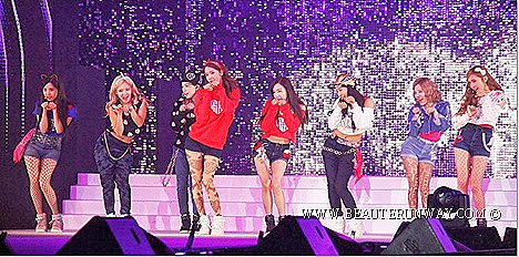 Girl Generation MNET ASIAN MUSIC AWARDS 2013 MAMA PSY, Lee SeungGi, Shinhwa, Yuri, Tiffany, Seo hyun singers 2NE1, f(x), SHINee, EXO, INFINITE,  IU, Ailee, Lee Hyori, SeungRi HONG KONG NIKON VIP ACCESS I AM K-POP photo contest