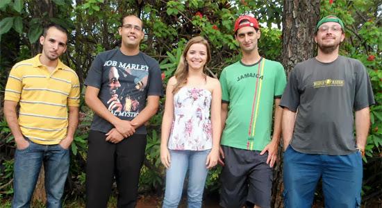 Edu Ribeiro e Banda Reguera se apresentam domingo, dia 23, no Vinil Music Pub, em Indaiatuba