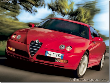 Alfa Romeo GTV (2003)2