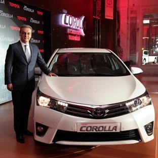 Toyota-Corolla-2014-4