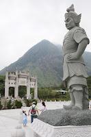 12 Statues