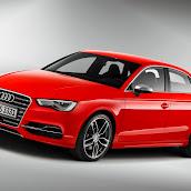 2014_Audi_S3_Sedan_25.jpg