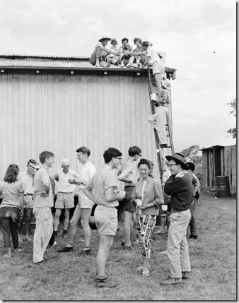Erecting community kindergarten hall 1963
