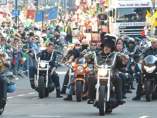 Парад на день святого Патрика в Бирмингеме, байкеры