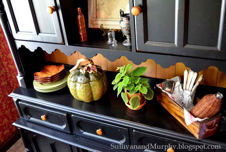 fall decorated hutch 2