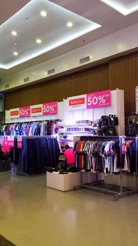 Bench Pink Ribbon Sale 09